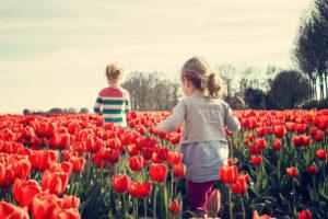 a gyermek gerincének védelme